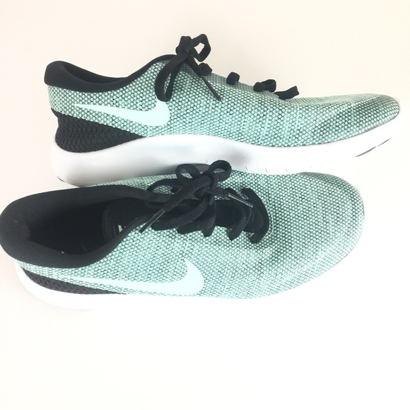 Nike Shoes   Nike Flex Experience Rn 7